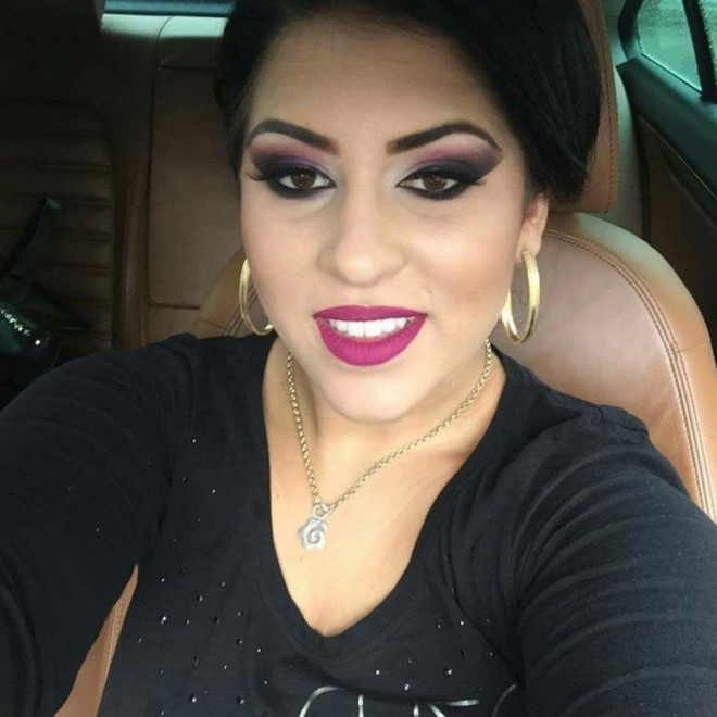 #selfie tania escort